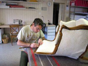 обивка мебели цена киев