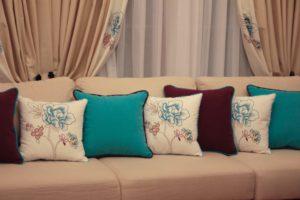 заказать подушки на дивана Киев