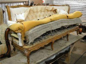 ремонт мягкой мебели Киев