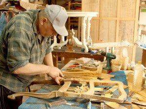 мастер по реставрации мебели